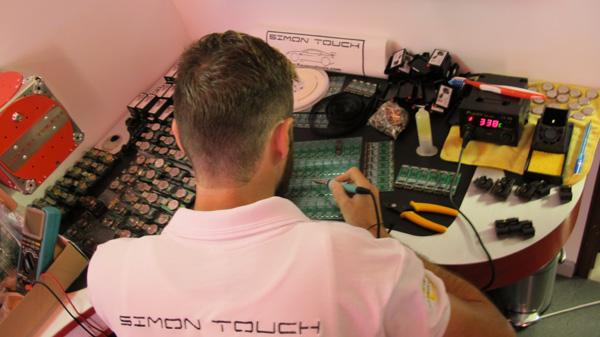 simon-touch-office